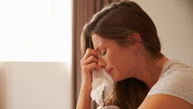 alasan wanita menangis